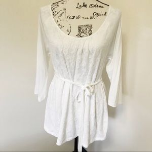 Oh Baby by Motherhood White Lace Tie Ribbon Tunic